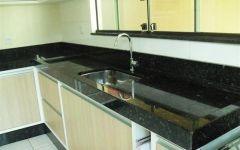 Cozinha em Granito Verde Ubatuba