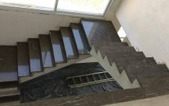 Escada em Granito Cygnus Polido