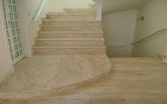 Escada em Bege Bahia